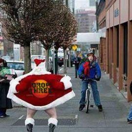 Here's Santa!
